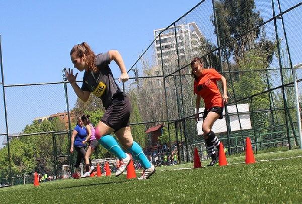 4 Entrenamientos en Academia de Fútbol Femenino