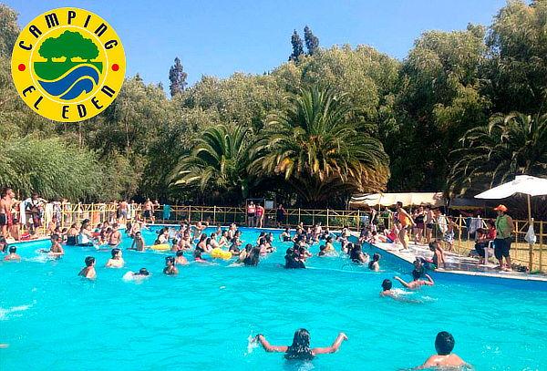 Entrada a piscina Camping el Eden