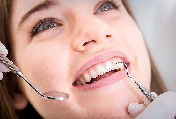 Limpieza dental con profilaxis + destartraje + pulido corona