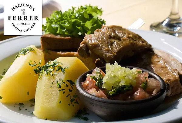 Almuerzo o Cena para 2 en Rest. Hacienda Ferrer, Vitacura