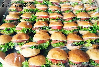 70 Mini Burger, Cheese Burger, Canapés Premium o Tapaditos