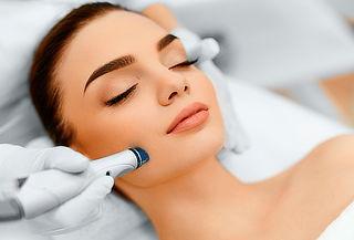 1 o 2 Sesiones de Tratamiento facial con cromoterapia y más