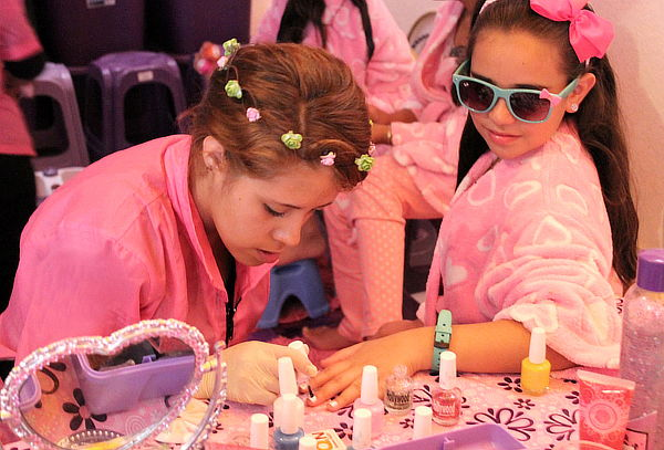 Fiesta Piyama Spa para el Cumpleaños de tu Hija