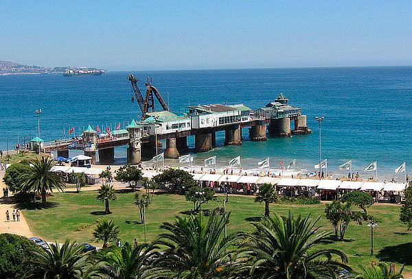 TAC Turismo: Full day Viña del Mar y Valparaíso para 2 pers.