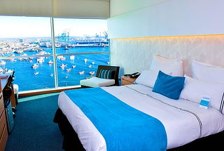 Hotel Casino del Pacífico: 1 noche para 2, desayuno y más