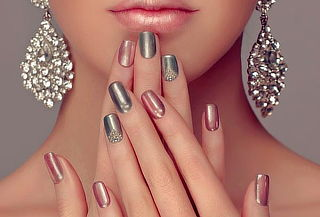Manicure Permanente + Parafinoterapia para Dos
