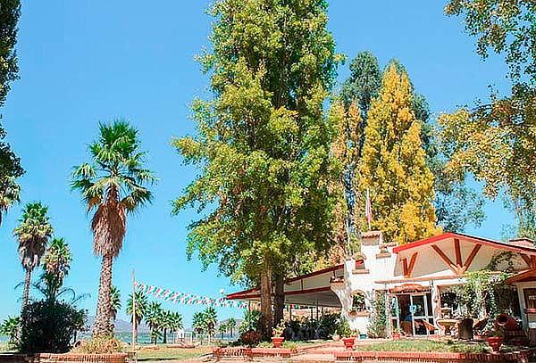 Hotel Jardín del Lago: Día de spa para 2, almuerzo y piscina