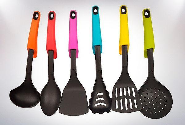 Set 6 Utensilios de Cocina + Soporte