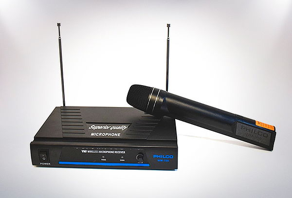 Micrófono Karaoke Inalambrico Vhf Doble Antena Philco Wm-700