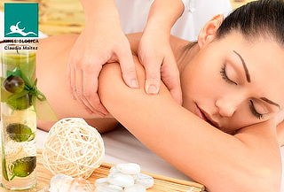 Masaje de relajación + descontracturante y más