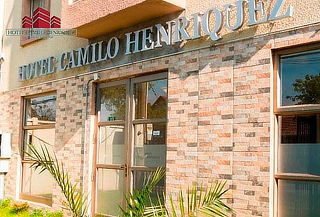 Hotel Camilo Henríquez: 1, 2, 3 o 4 noches para 2 personas