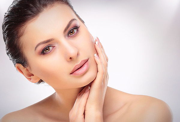 Foto rejuvenecimiento láser, elimina las arrugas rápidamente