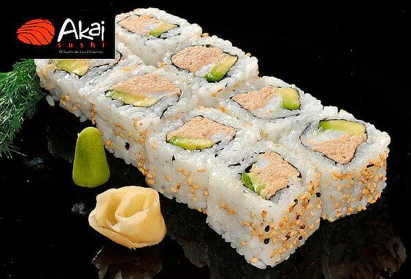 81 Piezas de Sushi en Akai Sushi Carmencita, Las Condes