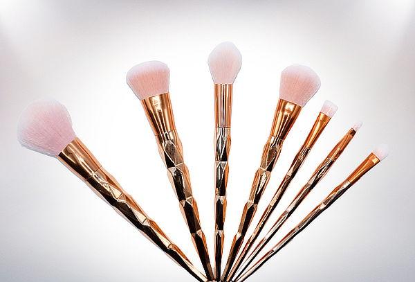 Set 7 Pinceles de Maquillaje Modelo Unicornio