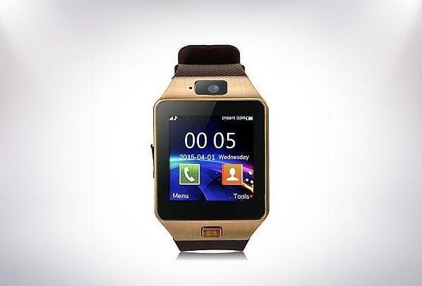 Smartwatch DZ09 con Cámara en colores a elección