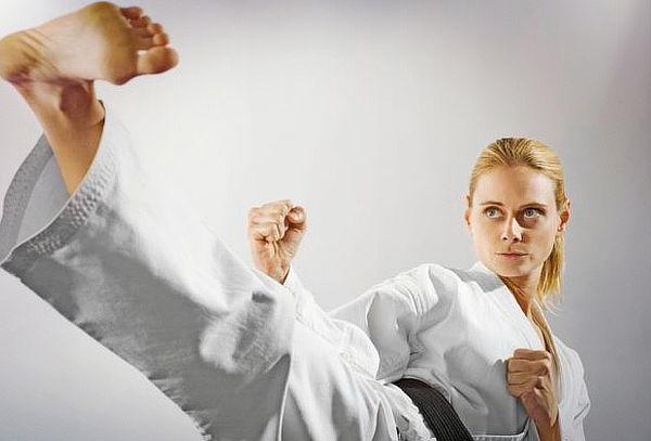 1 Mes de  Arte marcial,  MMA, Kickboxing y más