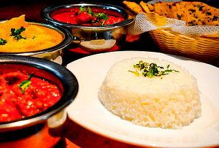 Almuerzo o Cena de comida india para 2 en Curry & Kabab.