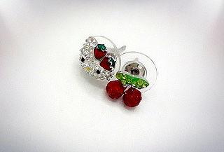 Aros de Plata Hello Kitty con cristales tipo Swarovski
