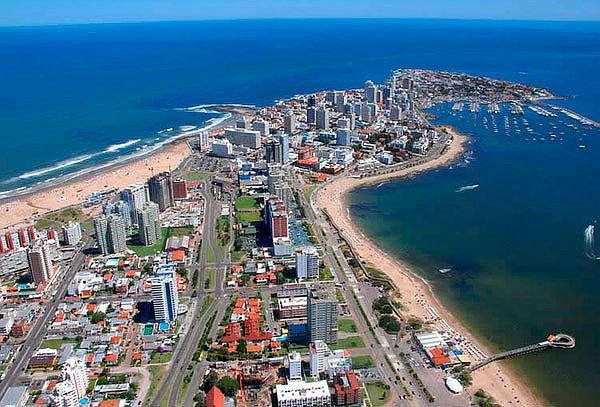 Montevideo y Punta del Este: Aéreo, traslados, hotel y más