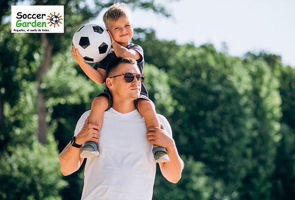 Entrenamiento de 4 clases de fútbol para papá o mamá + hijo