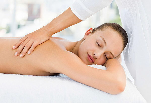 Masaje Relajación + Exfoliación Espalda + Hidratación, Stgo