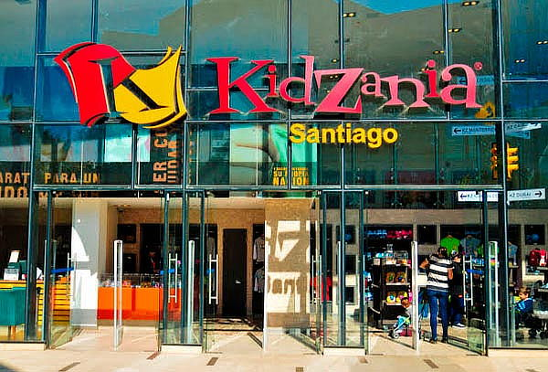 SÓLO POR HOY! Entradas Parque KidZania® Adulto + Niño