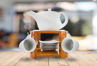 Juego 6 tazas café c/ platillo y  tetera con atril de madera