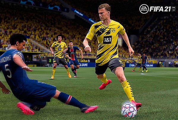 PACK FIFA 21 +  Peluche Minecraft para Nintendo Switch