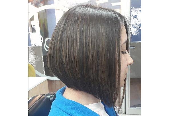 Alisado Brasileño + Despunte + Brushing + Manicure Express