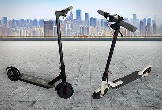 Scooter Eléctrico 1era Generación - Pantalla Digital, 25km/h