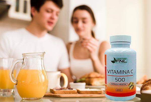 ¡Defensas Altas! 1 Frasco de Vitamina C 120 Cápsulas