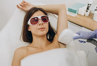6 Ses depilación láser Axilas + rebaje + piernas completas