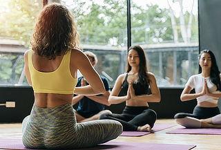 Curso online de monitor de yoga