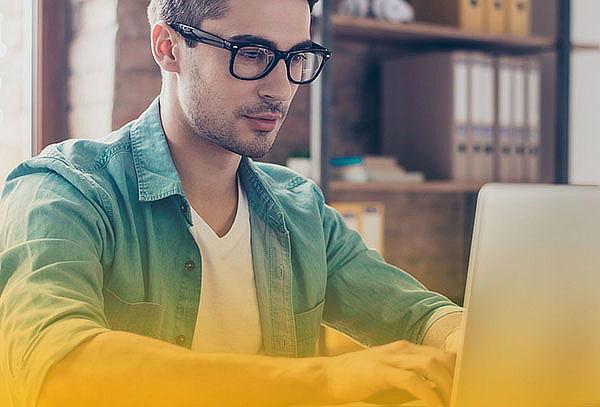 Cursos Online Universitarios de Economía.