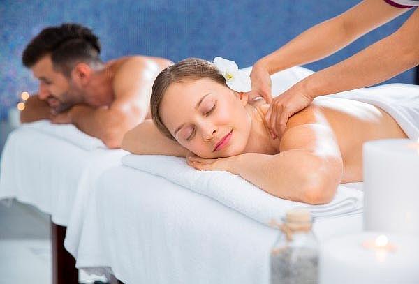Masaje de relajación + masaje lomi-lomi + piedras calientes