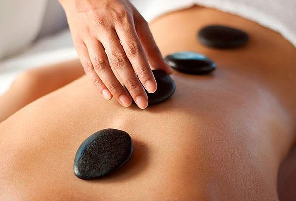 Masaje Descontracturante + Relajación + Piedras Calientes