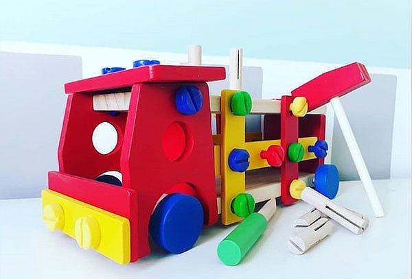 Camión Multifuncional Infantil de Madera