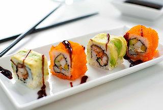 50% Menú Japonés para 2 en Nikkei Sushi, Providencia