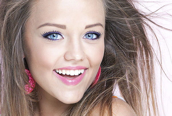 Delineado Permanente de Ojos + Ondulación de Pestañas y mas