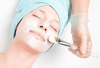 Limpieza Facial + Lifting + Velo Colágeno y más.