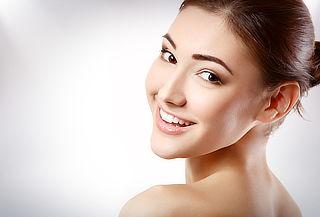 Rejuvenecimiento Facial + Radiofrecuencia + Vitamínico