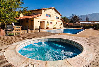 ¡Escápate y Disfruta de Hotel Monasterio,  Los Andes
