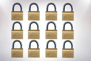 Pack 12 Candados 40 mm marca Best Lock USA.