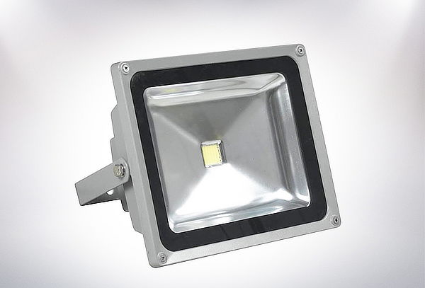 27% Foco LED Exterior 10-20-50-100 W