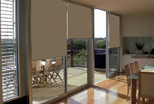 43% Cortinas Roller Black Out