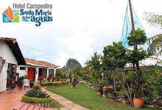 El Peñol Guatapé: Alojamiento para 2 Personas + Desayuno