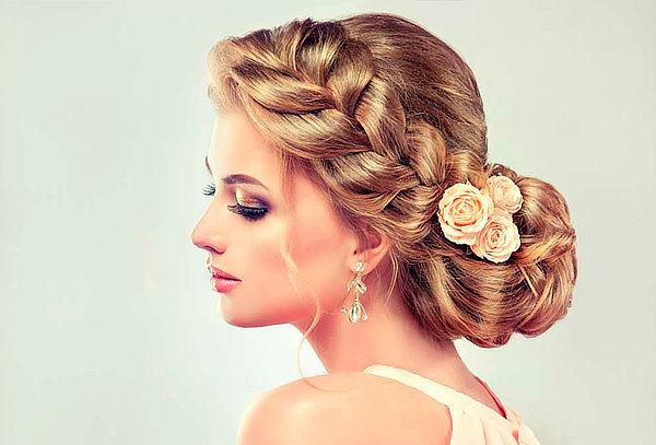 de maquillaje y peinado para novia