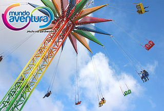 Mundo Aventura Zafiro + Perro Caliente + Vertical Swing