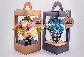 Caja Diseño Especial con Flores para Mamá