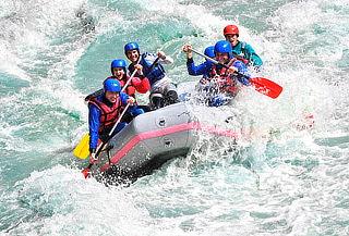 Día Extremo con Rafting, Salto al Agua y más en Útica